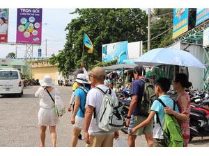 Bộ VHTT và Du lịch muốn thu hút thêm du khách Trung Quốc đến Việt Nam