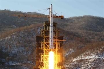Thực hư chuyện tên lửa Triều Tiên đạt độ cao 2.000km