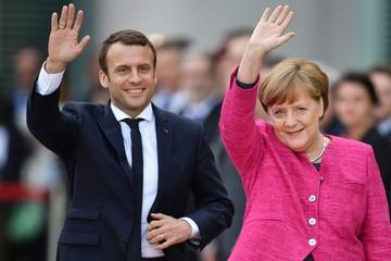 Chuyến công du nước ngoài đầu tiên của Macron: Gặp Merkel bàn chuyện EU