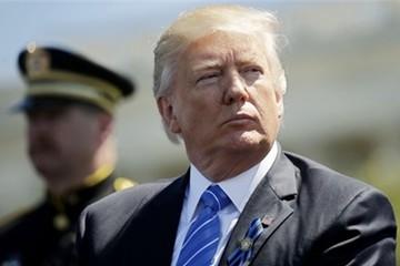 Trump bị tố tiết lộ thông tin mật với ngoại trưởng Nga