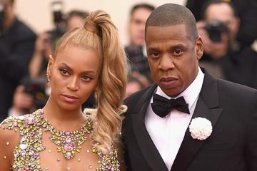 Beyoncé và Jay Z trở thành cặp đôi tỷ USD đầu tiên của Hollywood