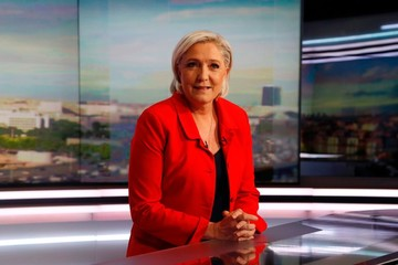 Le Pen: Tôi sẽ chạy đua cho một ghế trong quốc hội Pháp