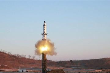 Triều Tiên xác nhận thử tên lửa đạn đạo thành công