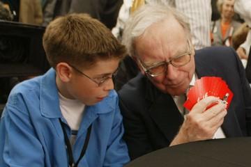 5 thói quen giản dị không ai có thể ngờ tới của tỷ phú Warren Buffett