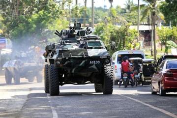 Philippines triển khai trực thăng nhằm giành lại thành phố từ phiến quân Hồi giáo