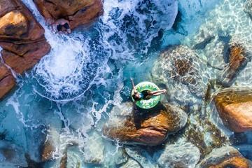 Ảnh chụp từ trên không cho thấy một nước Úc đẹp mê hồn