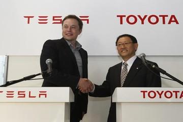 Bán hết cổ phần tại Tesla, Toyota tự phát triển xe điện