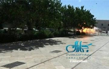 Nổ súng tại quốc hội, lăng mộ cố lãnh đạo Iran