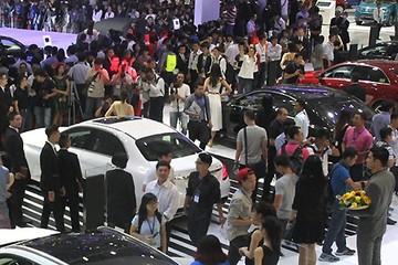 Ô tô chạy đua giảm giá, người Việt mua hơn 23 nghìn xe trong tháng 5