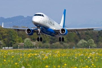 4 quốc gia quá nhỏ để xây sân bay làm cách nào đi máy bay?