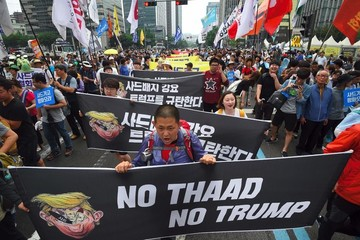 Mặc người dân biểu tình và Trung Quốc trả đũa kinh tế, Hàn Quốc vẫn ủng hộ triển khai THAAD