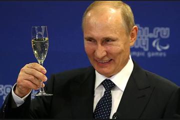 Chuyện ngược đời ở Nga: Du lịch ăn nên làm ra nhờ lộn xộn chính trị