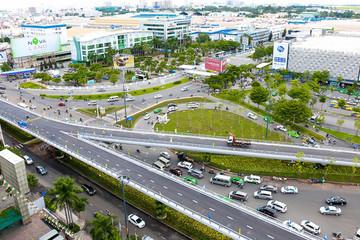 Thông xe 2 cầu vượt thép giúp giảm ùn tắc khu sân bay Tân Sơn Nhất