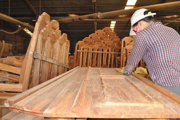 Vì sao gỗ Đức Long Gia Lai bỏ địa chỉ kinh doanh?