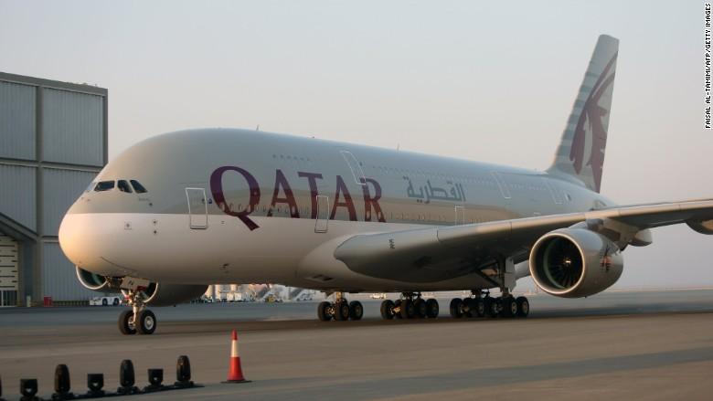 Mỹ bỏ lệnh cấm mang laptop lên máy bay với hàng loạt hãng hàng không Trung Đông