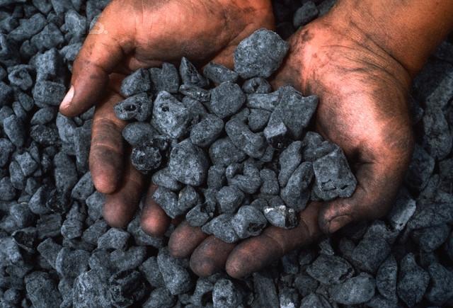 Bộ Tài chính lại từ chối giảm thuế cho than