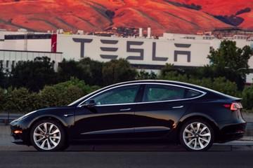 Lộ hình ảnh chiếc Tesla Model 3