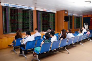 VietinBankSc báo lãi 83 tỷ đồng trong 6 tháng
