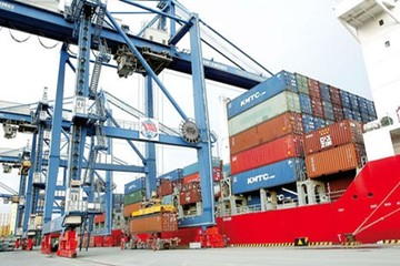 Logistics Việt: Khó