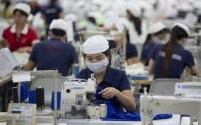 Trung Quốc: Miếng bánh ngọt hấp dẫn ngành may mặc