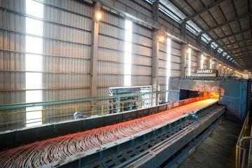 Hòa Phát tiêu thụ trên 200.000 tấn thép trong tháng 7