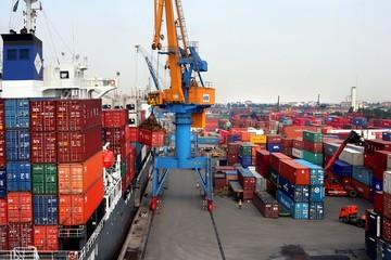 Bộ Công Thương ra quy định mới về hoạt động xuất, nhập và chuyển khẩu hàng hoá