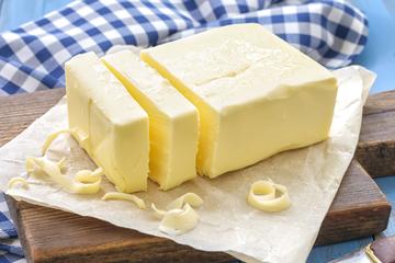 Châu Âu đang khủng hoảng bơ sữa