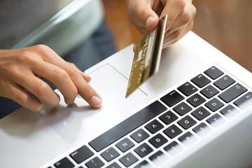 Gian nan thu thuế kinh doanh trên mạng