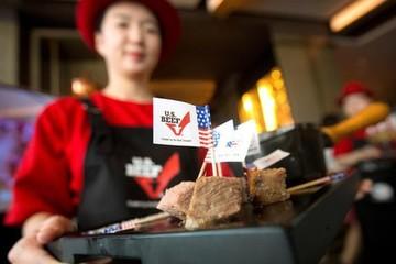"""Trung Quốc """"khát"""" thịt bò, Nhật thấy lo"""