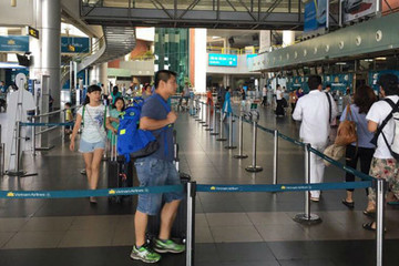 Tăng giá dịch vụ hàng không, giá vé máy bay có tăng?