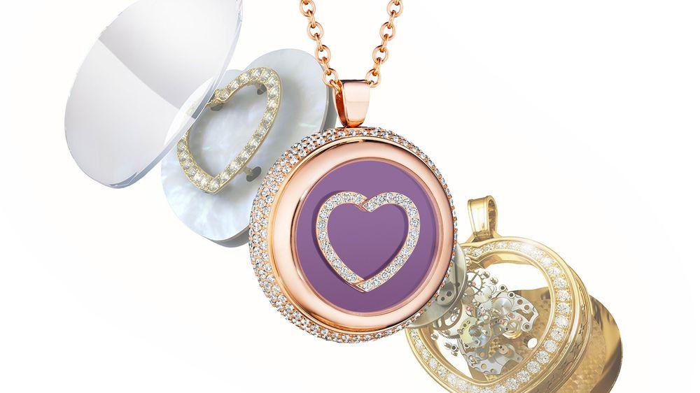 Mặt dây kim cương 45.000 USD với trái tim đang đập