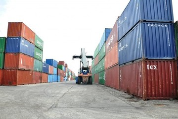 Tạo điều kiện giải phóng hàng Việt Nam bị ách tại cảng Algeria