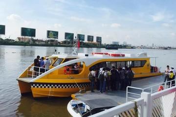 Ảnh: Chạy thử tàu buýt đường sông kết nối quận 1 với Thủ Đức trong 30 phút