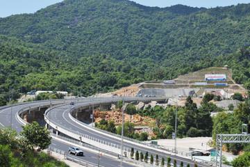 Sáng nay chính thức thông xe hầm đường bộ hiện đại nhất Việt Nam