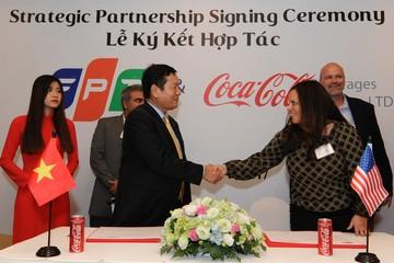FPT hợp tác chiến lược với Coca-Cola Việt Nam trong lĩnh vực chuyển đổi số