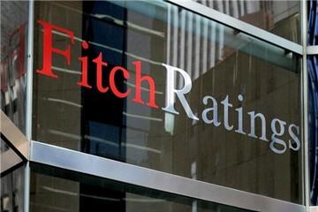 Fitch cảnh báo hạ xếp hạng tín nhiệm của Mỹ