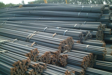 Giá thép và quặng sắt gần chạm ngưỡng cao nhất 9 tuần