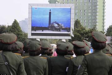 Người Triều Tiên nghe tin vụ thử tên lửa qua Nhật Bản sau cả thế giới