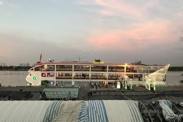 Cho mở bến đón tàu khách du lịch ở khu cảng Nhà Rồng – Khánh Hội