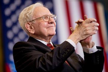 Nhà quản lý quỹ đầu cơ mất triệu USD vì thua cược Warren Buffett