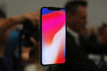 Cận cảnh iPhone X - Tương lai của smartphone