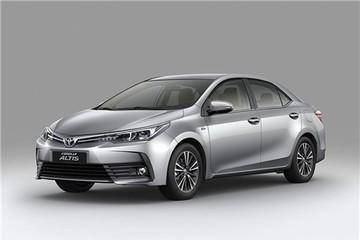 Toyota Corolla Altis 2017 chính thức ra mắt, giá từ 700 triệu đồng