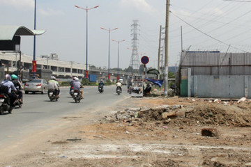Mở rộng xa lộ Hà Nội chậm 4 năm vẫn vướng mặt bằng