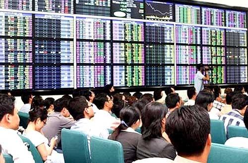 Giao dịch cổ phiếu HHC và IDV, hai cá nhân bị phạt tổng cộng 27,5 triệu đồng