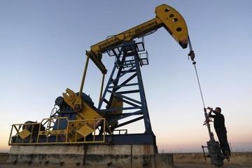 Giá dầu thô phiên cuối tuần tăng