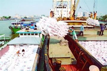 Kim ngạch xuất khẩu cả năm có thể đạt 275 tỷ USD