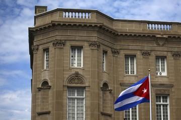 Nhân viên đại sứ quán Mỹ trúng độc, tổng thống Trump ra lệnh trục xuất 15 nhà ngoại giao Cuba