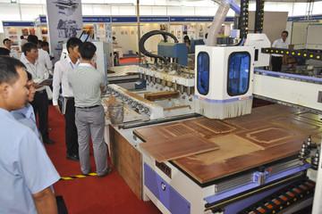 320 nhà cung cấp quốc tế tham dự triển lãm gỗ VietnamWood tại TPHCM