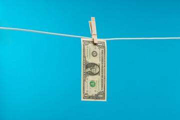4 câu hỏi đơn giản về tiền bạc nhiều người Mỹ không thể trả lời