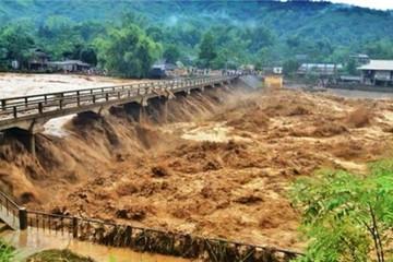 Toàn cảnh mưa lũ lịch sử: 134 người chết, mất tích và bị thương
